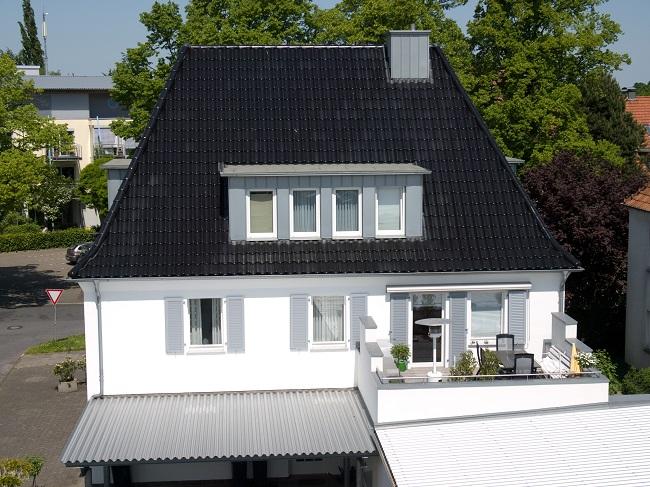 http://menninghaus.com/wb/media/Fassade/Menninghaus_165_650-487.jpg